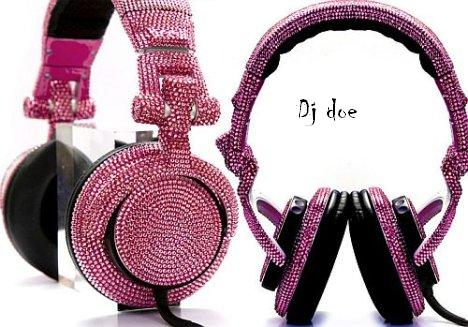 Dj_Doe_headphones